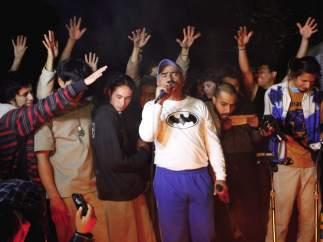 Alegría tras la liberación de los retenidos en la posesión de EPN