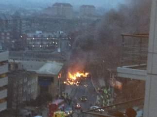 Un helicóptero se estrella en Londres