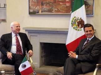 Peña Nieto y McCain