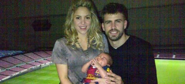 Shakira y Piqué con su hijo Milan