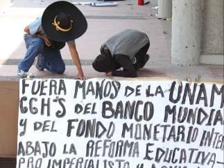 Encapuchados en la UNAM