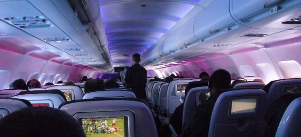 Cabina de pasajeros de un avión