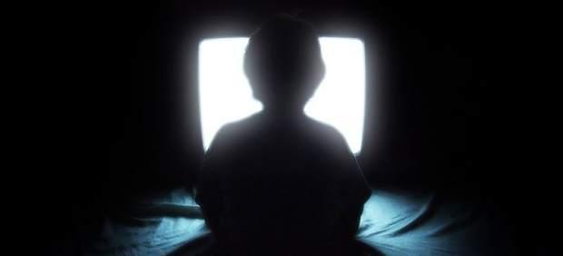 Niño ante la tele