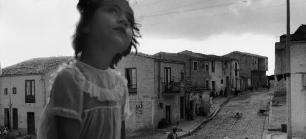 Rue principale de Corleone. Sicile, 1959