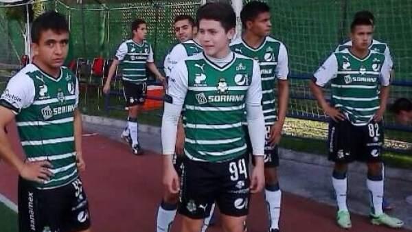 Fallece el médico del Sub-17 de Santos en un accidente que deja jugadores lesionados