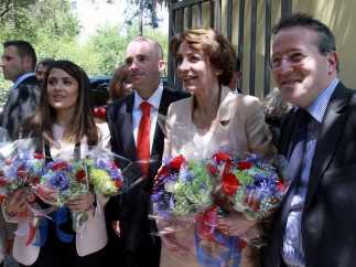 Salma Hayek visita una guardería del IMSS