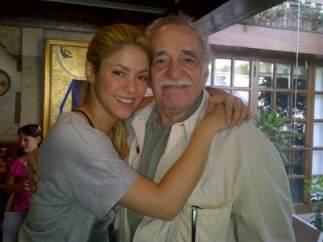 Shakira visita a García Márquez