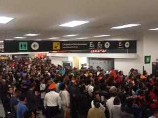 Llegada del Tri al aeropuerto