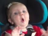 El bebé que se vuelve loco con Katy Perry