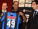 "Ronaldinho ya es un ""Gallo Blanco"""