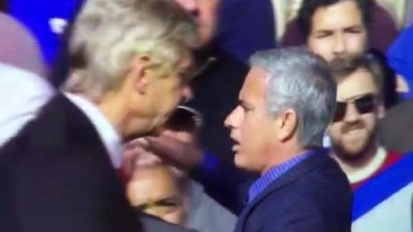 Wenger y Mourinho, enfrentados
