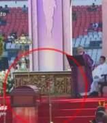 Captan supuesto fantasma de Chespirito durante su funeral