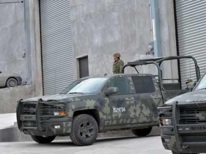 Ejército catea bodegas