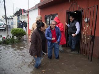 Lluvias en Michoacán provocan severas inundaciones