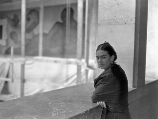 Frida Kahlo on balcony above Detroit Industry Murals