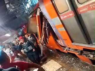 Chocan trenes en la estación Oceanía
