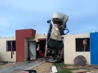 Ciudad Acuña padece los efectos de un tornado