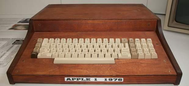 Aparece en la basura el Apple 1, valorado en 200,000 dólares