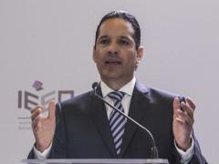 Francisco Domínguez Servién
