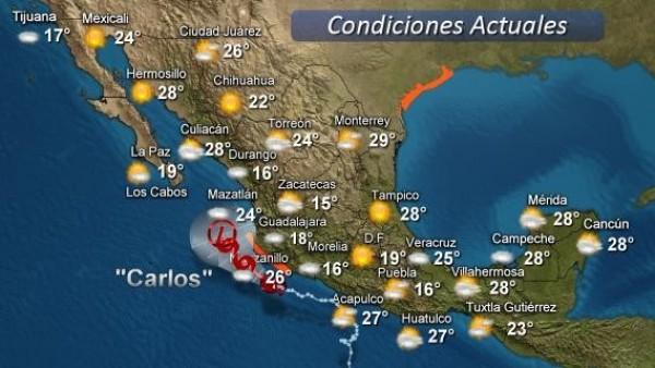 Huracán Carlos avanza en las costas del Occidente