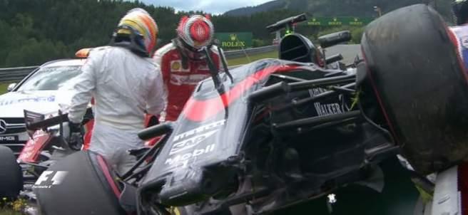 Accidente de Alonso y Raikkonen en Austria