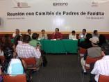 Padres de familias de Oaxaca se reunieron con el director del IEEPO