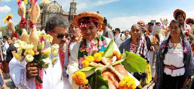 Misa Solemne en Náhuatl