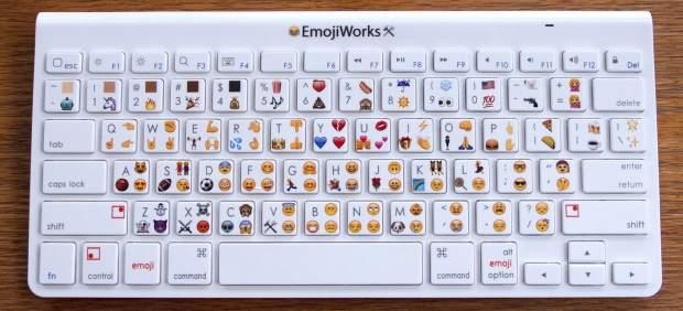 Lanzan un teclado para escribir con emoticonos en computadora
